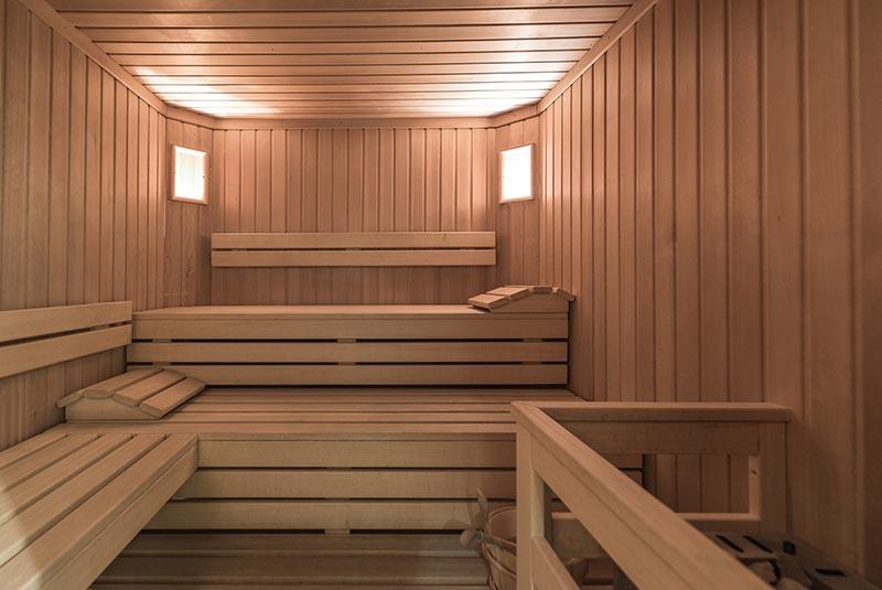 wellness in reischach sauna garten co residence. Black Bedroom Furniture Sets. Home Design Ideas